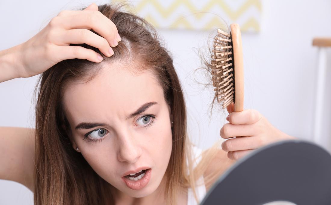 40代女性の薄毛や抜け毛の5つの原因【今日からできる対策方法】